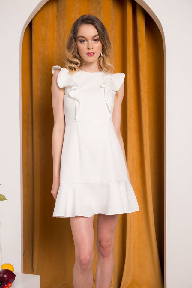 Holden Ruffled Hem Dress in White (XL)