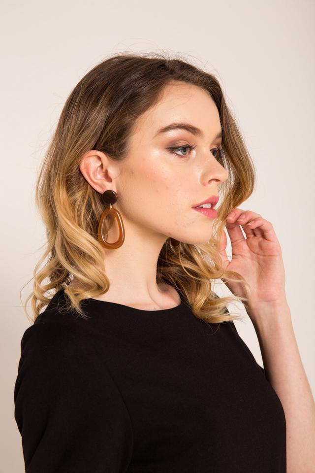 Thana Marble Earrings in Brown