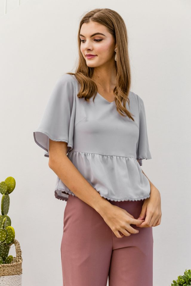 Medora Trumpet Sleeve Babydoll Top in Grey (XL)