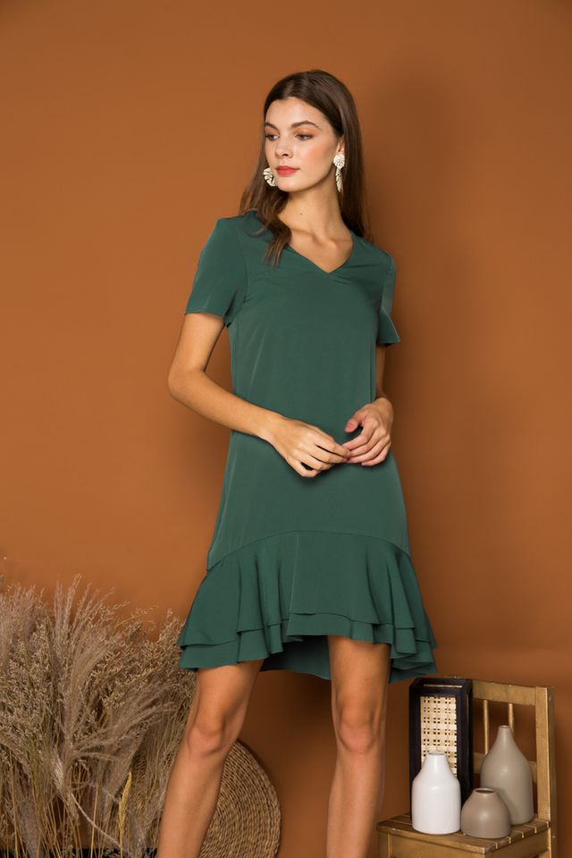 Ettyn Ruffles Shift Dress in Forest (XS)