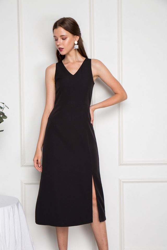 Jadyn Slit Maxi Dress in Black