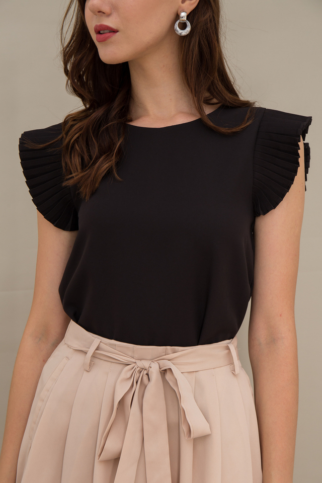 Kiara Pleated Sleeve Top in Black