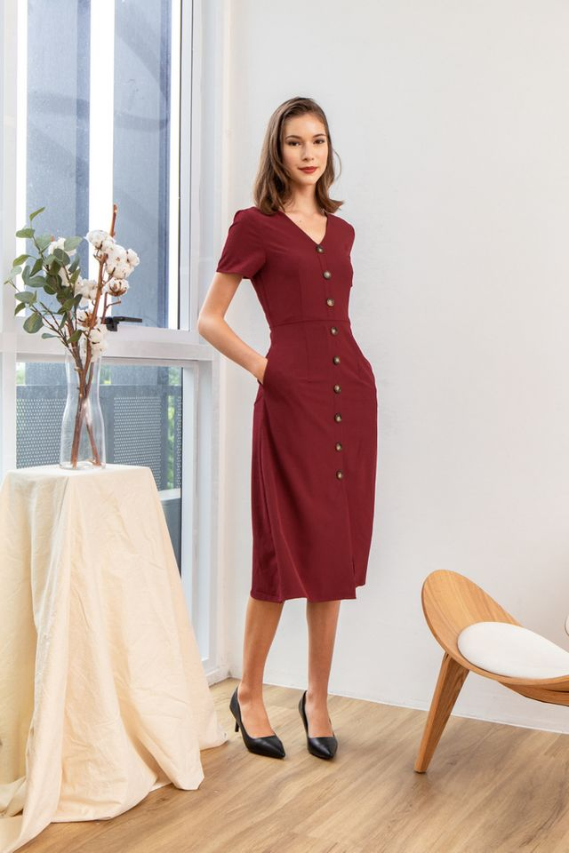 Feodora Button Down Midi Dress in Maroon (XS)