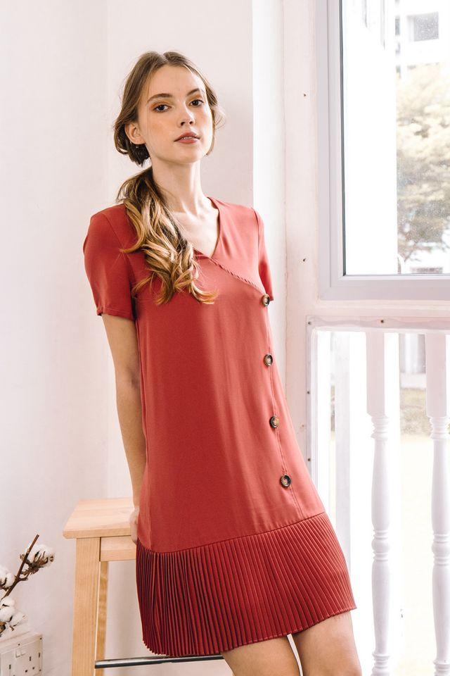 Els Pleated Hem Dress in Vermillion (XS)