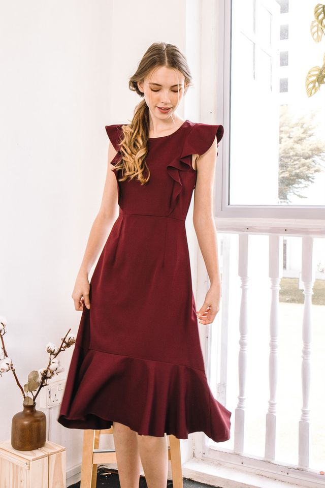 Cielle Ruffles Midi Dress in Burgundy (XS)