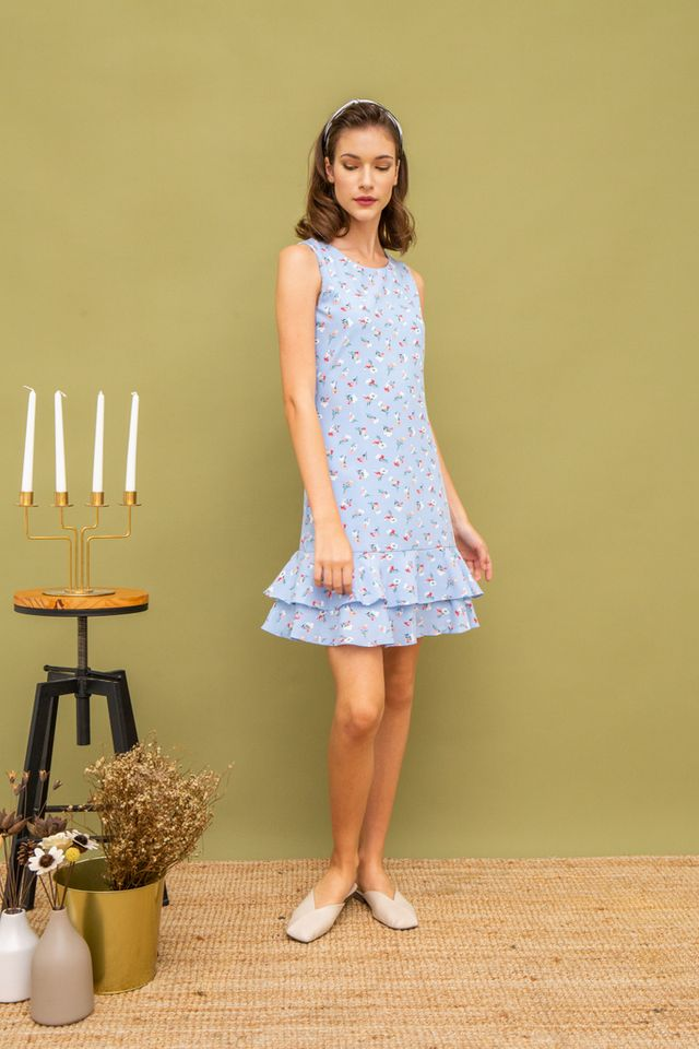 Kevi Floral Dropwaist Dress in Blue (XS)