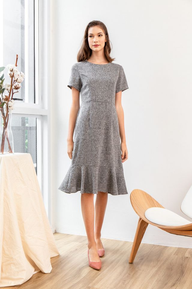 Valida Tweed Ruffles Midi Dress in Grey