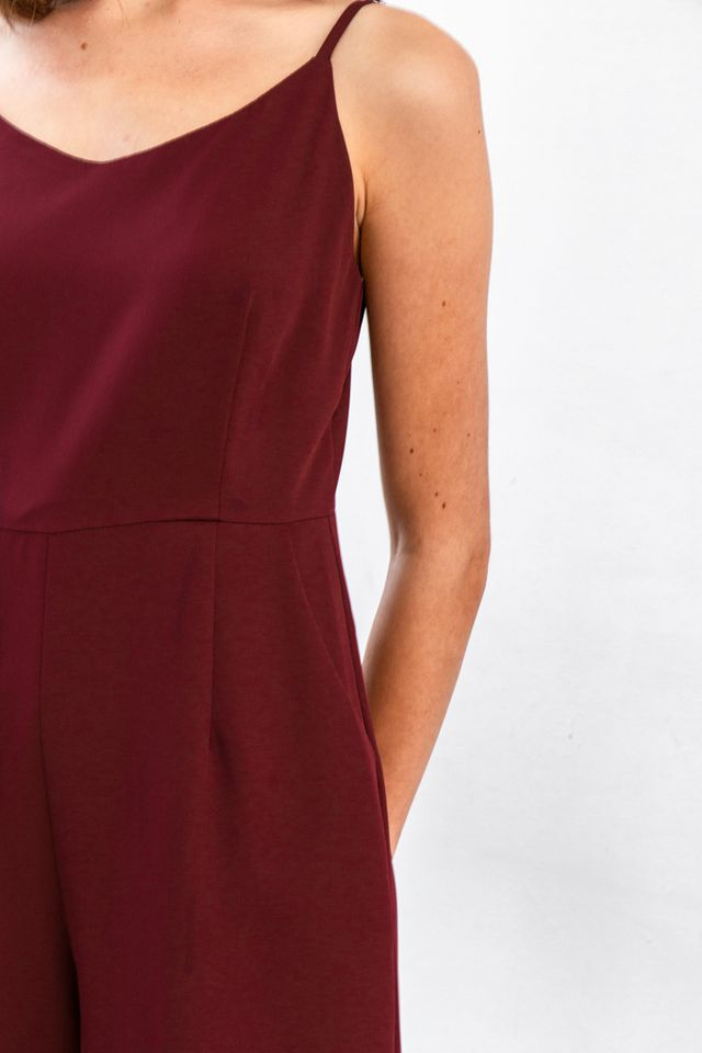 Aniel Basic Wide Leg Jumpsuit in Wine Red (L)