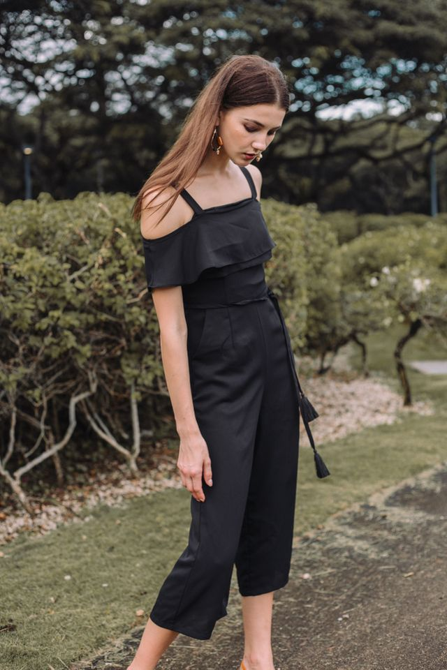Fiorella Cold Shoulder Jumpsuit in Black (XS)