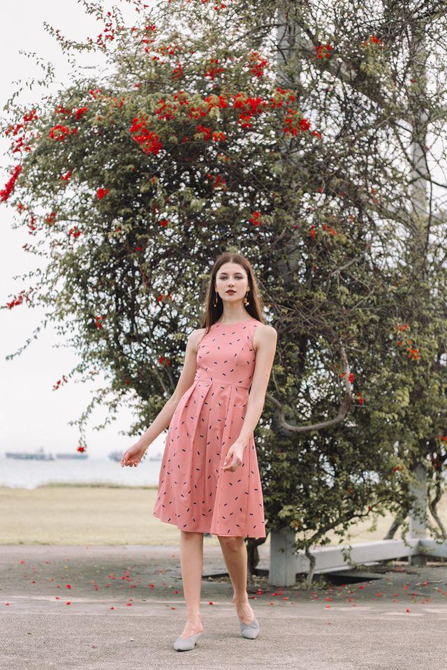 Amandine Sprinkles Midi Dress in Peach Pink