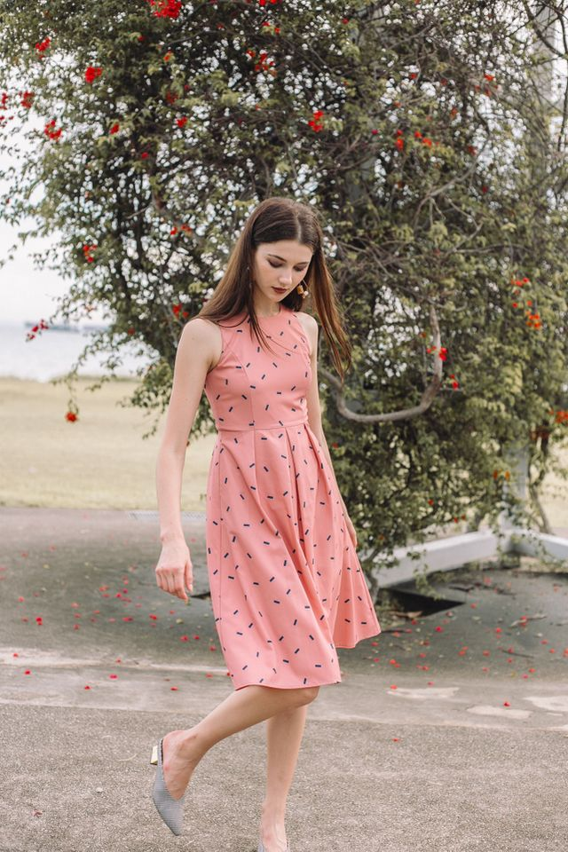 Amandine Sprinkles Midi Dress in Peach Pink