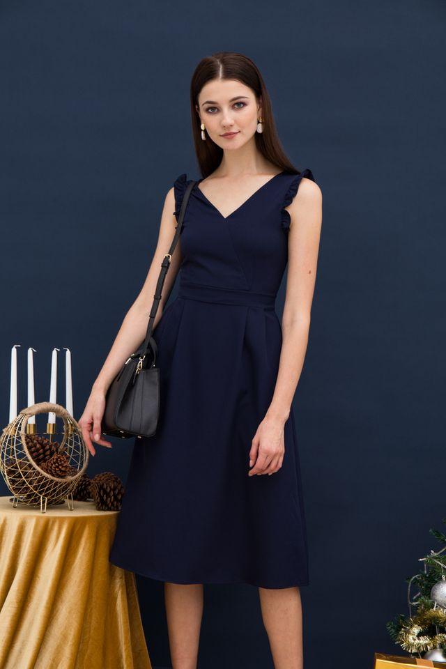 Loreila V-neck Midi Dress in Navy (XS)