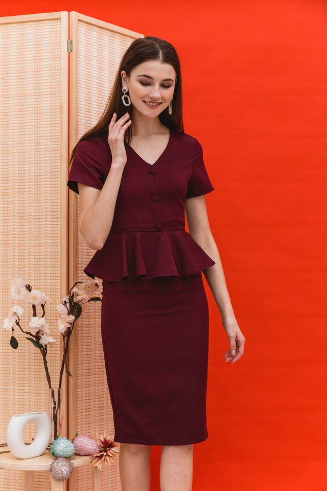 Elberta Ruffled Waist Midi Dress in Burgundy