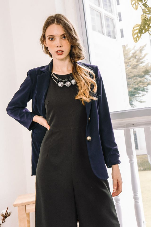 Dionis Basic Blazer in Navy