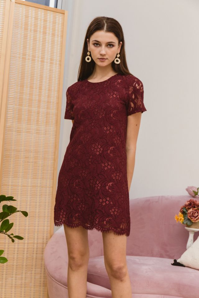 Nerida Lace Shift Dress in Red