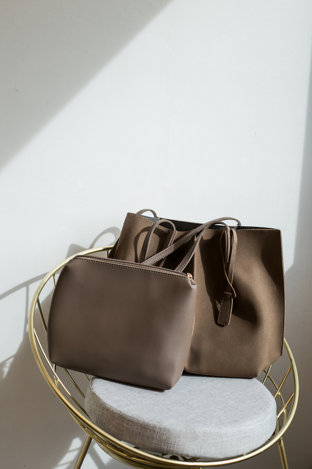 Cydney Two-tone Handbag in Tan