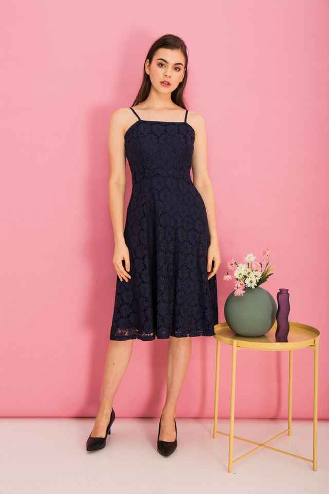 Anitha Lace Midi Dress in Navy (XS)