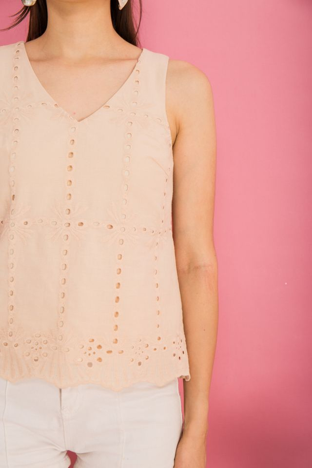Delise Eyelet Scallop Hem Top in Beige