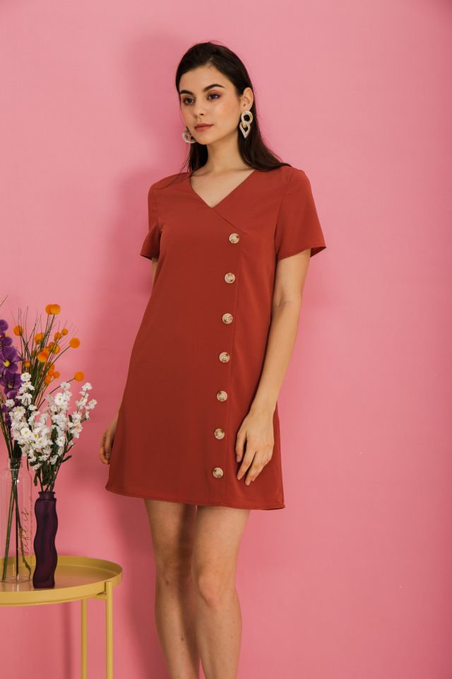 Castiel Button Down Shift Dress in Melon Orange (XS)
