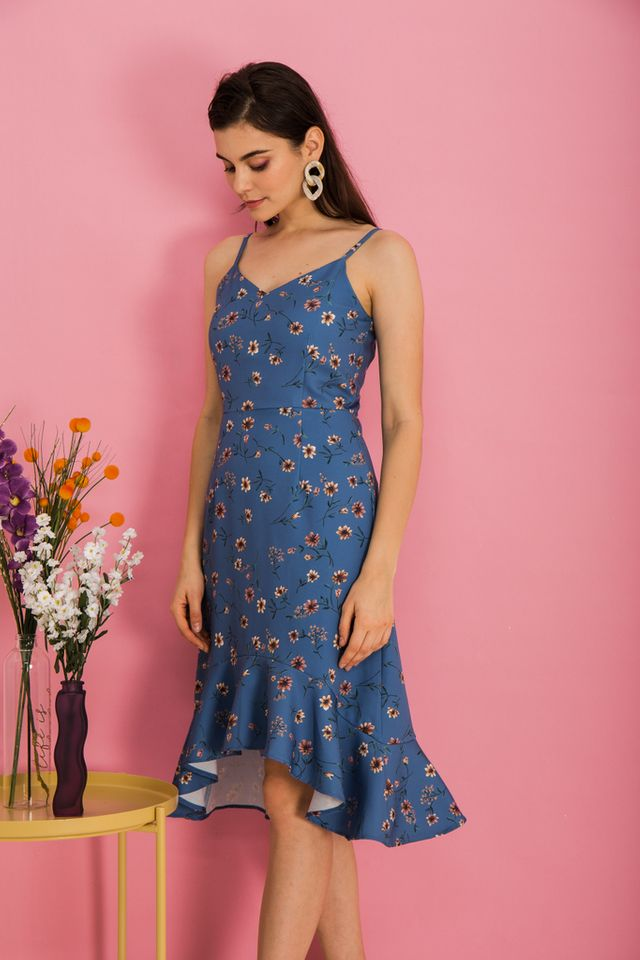 Callista Floral Asymmetrical Hem Dress in True Blue (L)