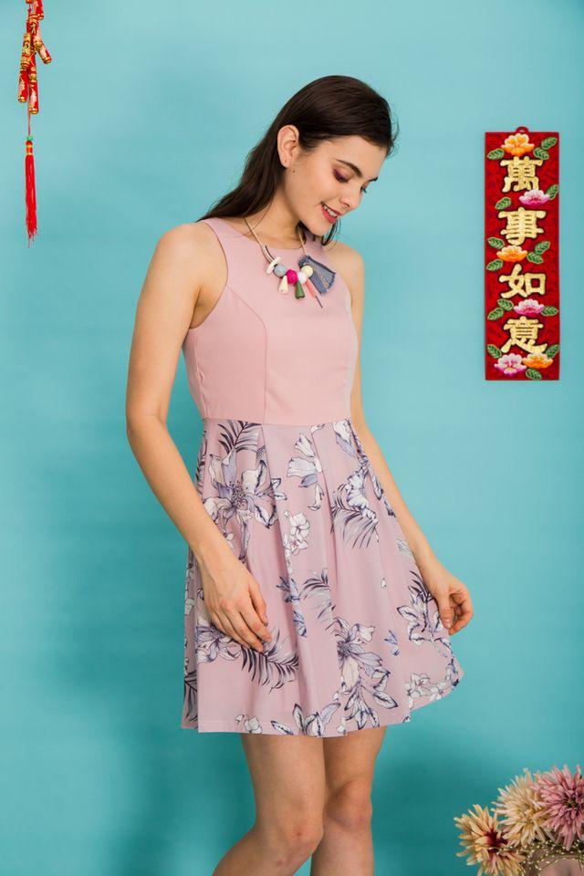 Harriel Floral Sheath Dress in Dusty Pink