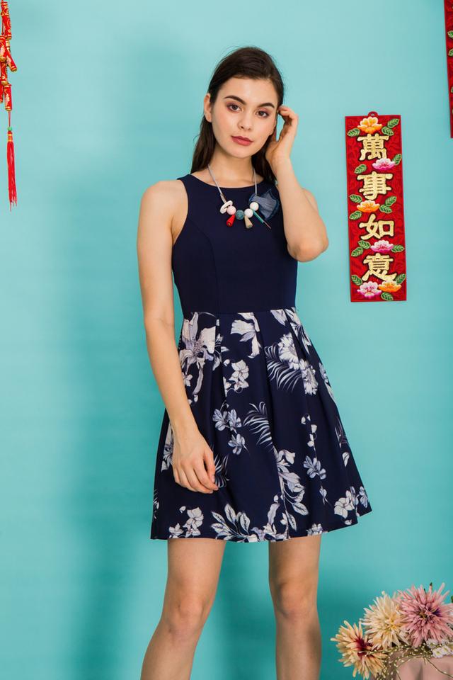 Harriel Floral Sheath Dress in Navy