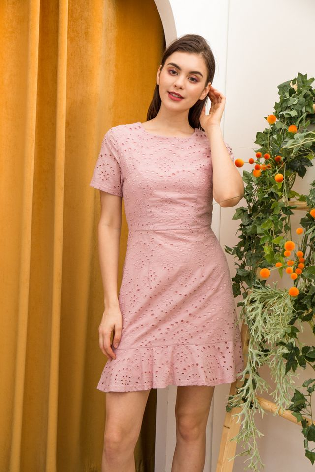 Nelia Eyelet Ruffles Dress in Dusty Pink (XS)