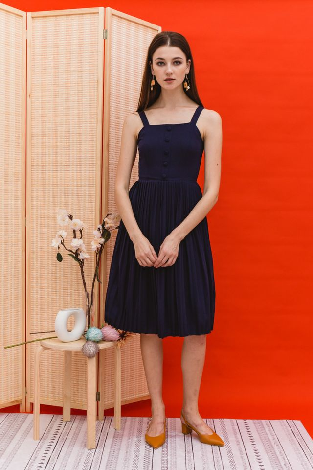 Mariota Pleated Midi Dress in Navy