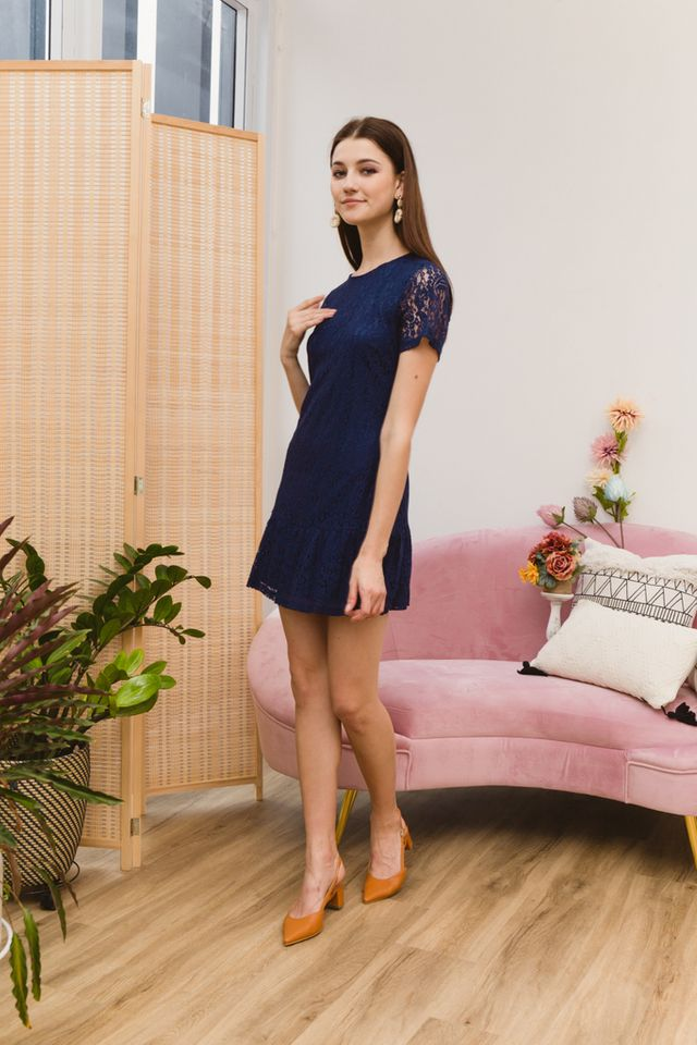 Iselin Lace Dropwaist Dress in Navy (XS)