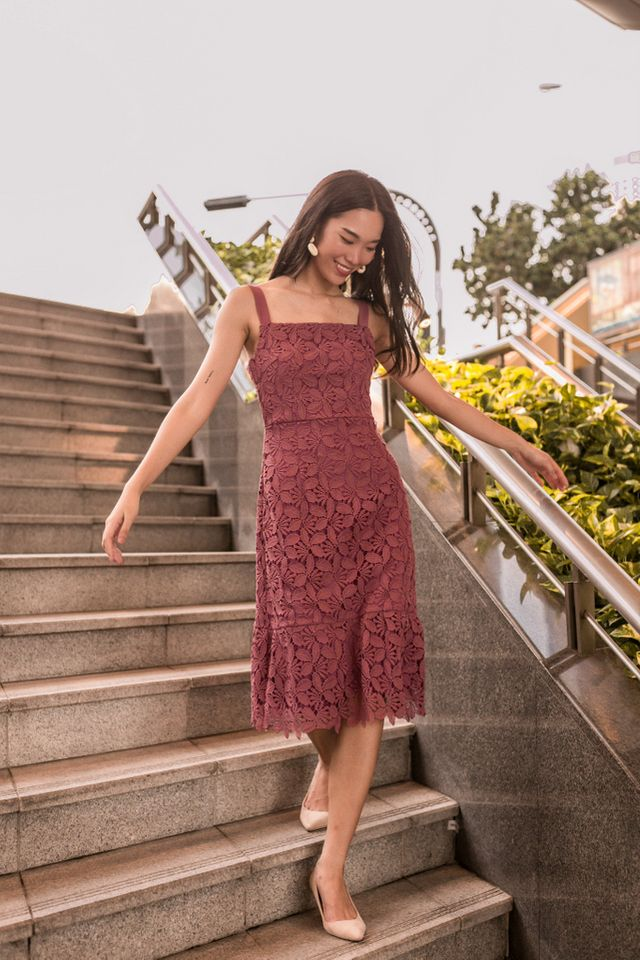 Amoret Crochet Midi Dress in Dark Rose