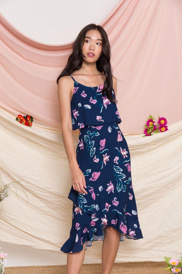 Lowri Floral Ruffled Midi Dress in Navy