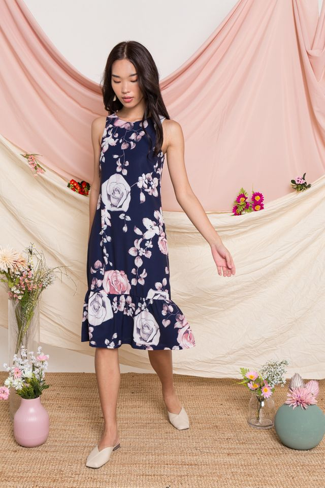 Cyra Floral Midi Dropwaist Dress in Navy (XS)