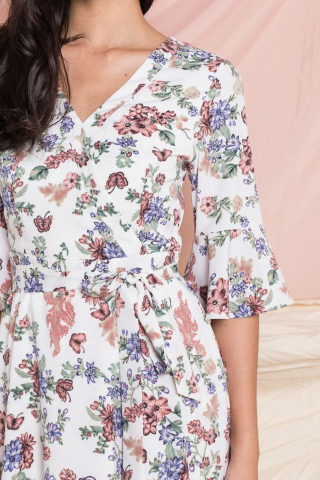 Fawn Floral Bell Sleeve Dress in Off-White (XS)