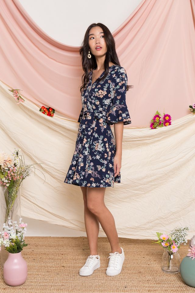 Fawn Floral Bell Sleeve Dress in Navy (XS)