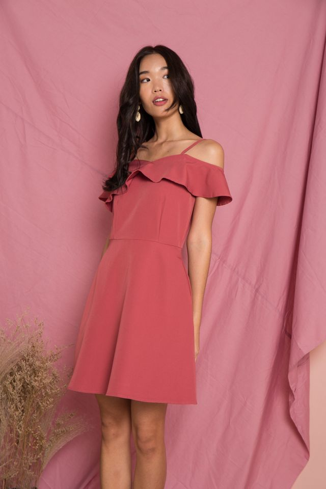 Angelique Ruffles Cold Shoulder Dress in Rouge