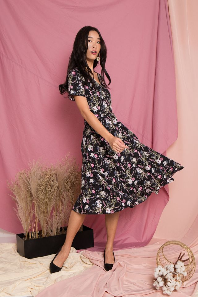 Zemira Floral Midi Dress in Black
