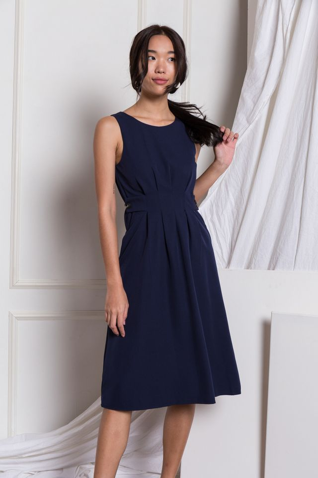 Adalee Soft Pleated Midi Dress in Navy (XS)