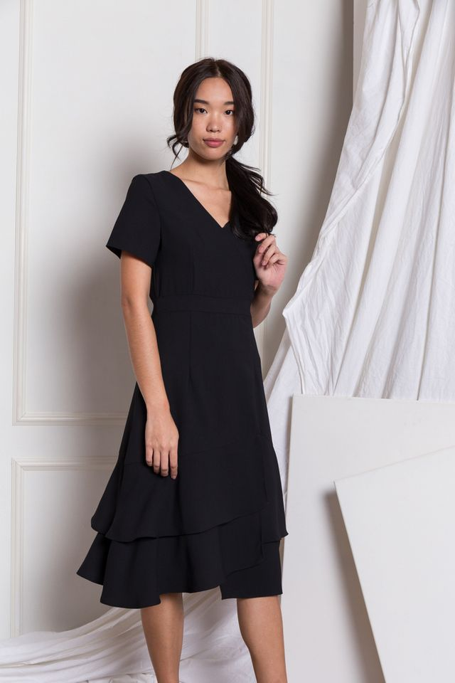Reine Asymmetrical Ruffles Dress in Black
