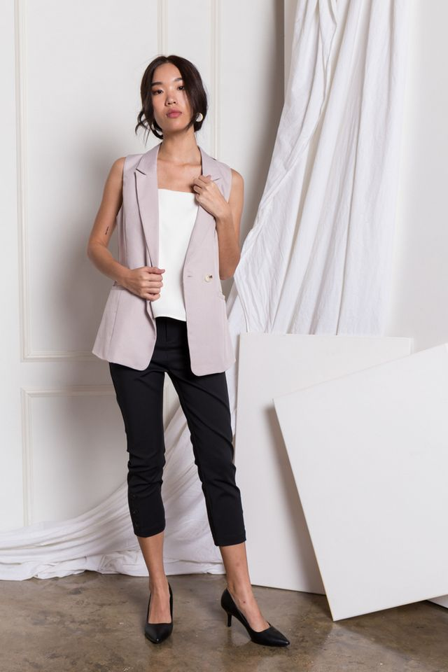 Whitley Textured Vest in Lilac Grey