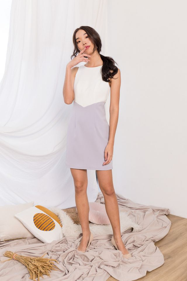 Willa Two-Tone Sheath Dress in Lilac