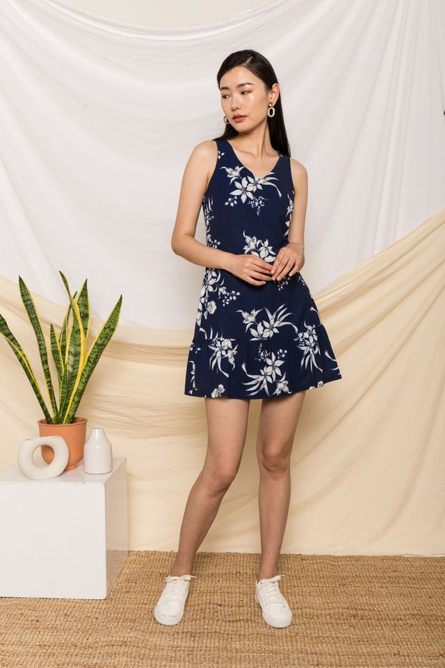 Libby Floral Dropwaist Dress in Navy (XS)
