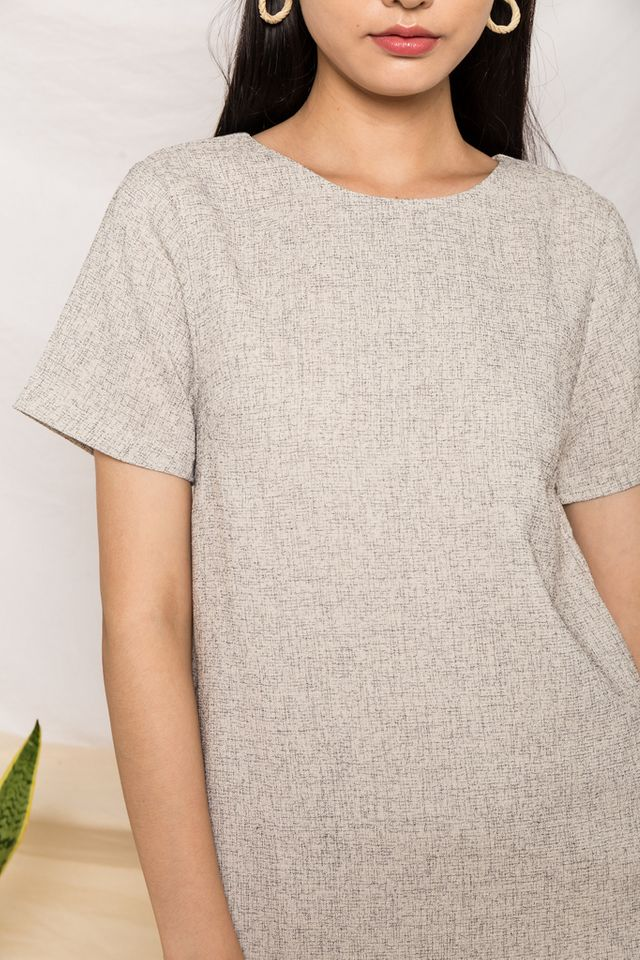 Portia Tweed Shift Dress in Off-White (XL)