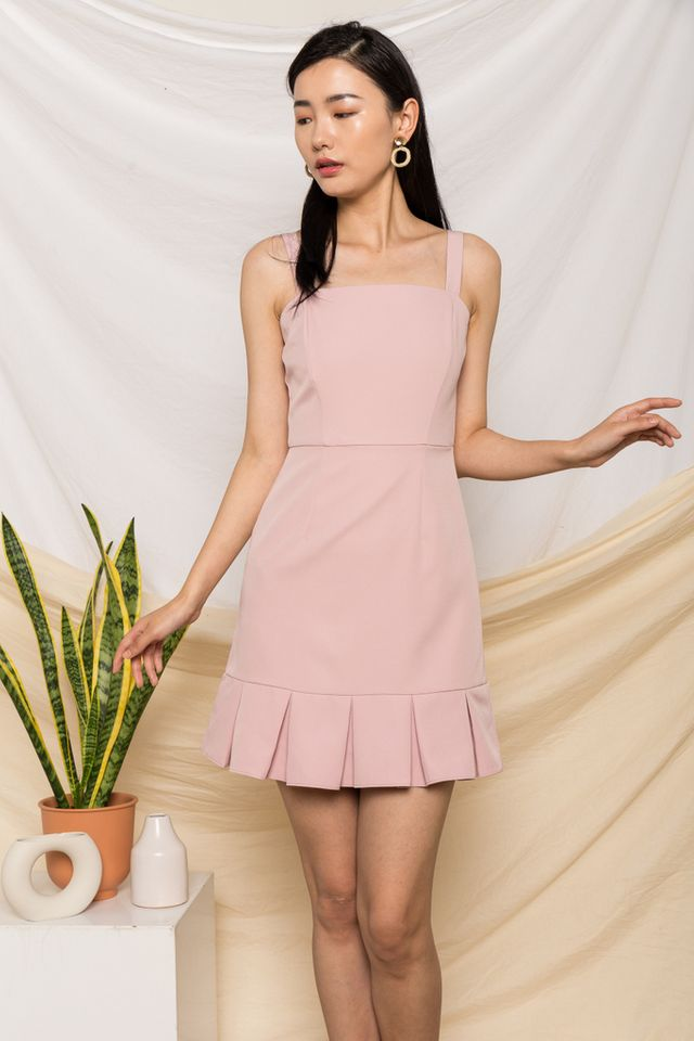 Jessamine Pleated Hem Dress in Dusty Pink