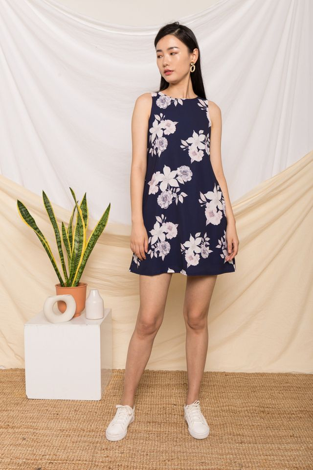 Maelys Floral Trapeze Dress in Navy