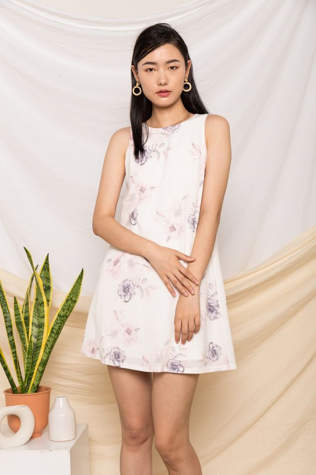 Maelys Floral Trapeze Dress in White