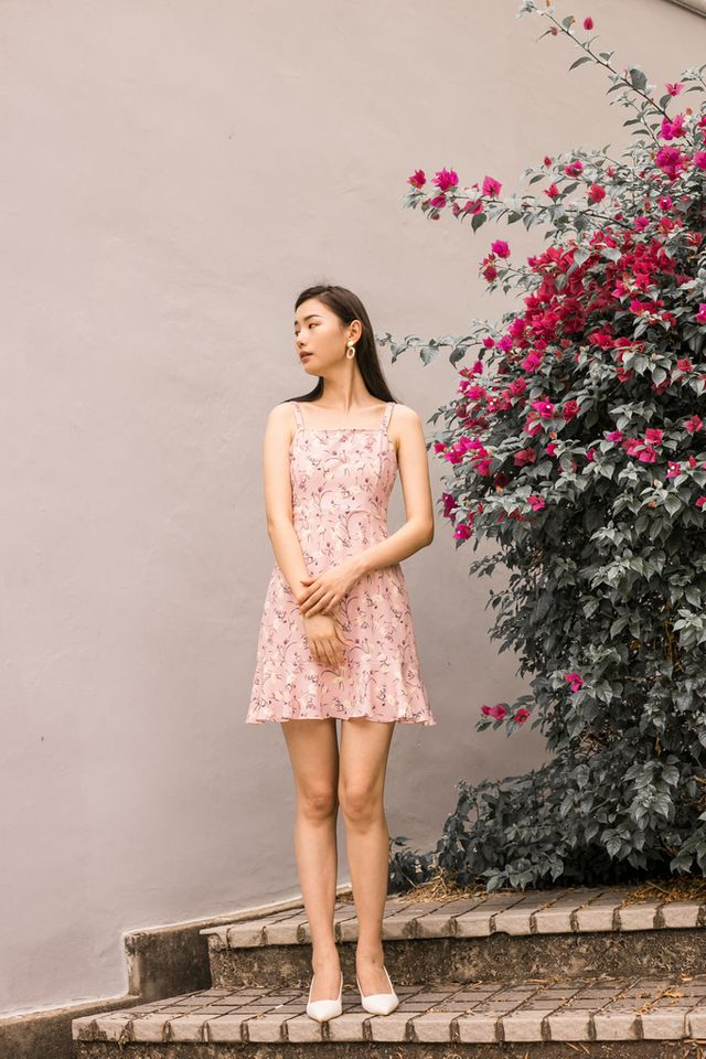 Ardelle Floral Ruffles Dress in Pastel Pink