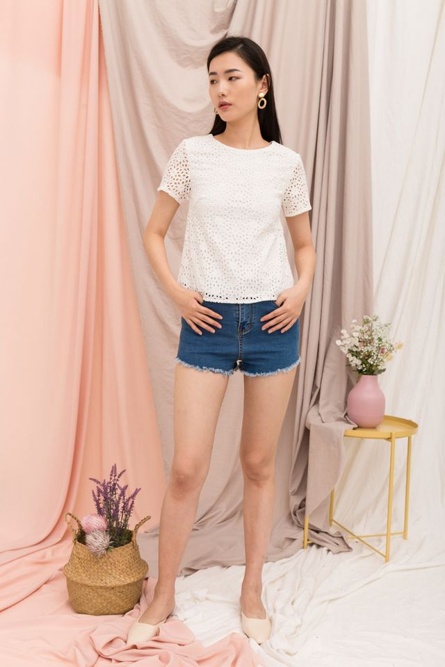 Orleanna Eyelet Top in White (XS)