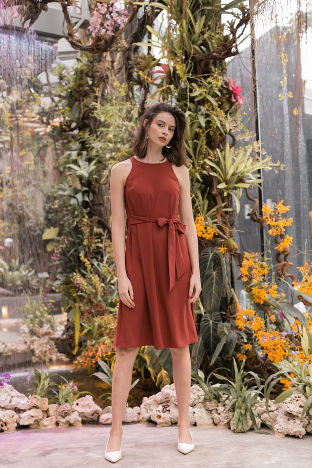 Mischa Ribbon Midi Dress in Rust