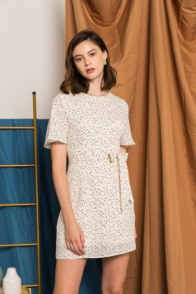 Kathleen Printed Flutter Sleeve Dress in Cream