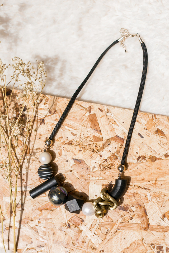 Malani Geometric Necklace in Black